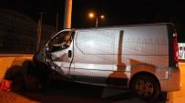KÖSEKÖY - Kocaeli'de Trafik Kazası Açıklaması 1 Yaralı