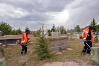 MEMDUH BÜYÜKKıLıÇ - Melikgazi Belediye Sınırları İçerisindeki 28 Mezarlıkta Çevre Düzenleme Çalışması