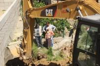 EVRENSEKI - 10 Ay Önce Kaybolan Yaşlı Kadın İçin Üzerine Beton Dökülmüş Su Kuyusu Ve Fosseptik Çukuru Açıldı