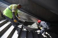 İBNİ SİNA HASTANESİ - Ankara Büyükşehir Belediyesi Asansör Ve Yürüyen Merdivenleri Yeniliyor