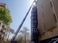 LIBYA - Başkent'te PTT Şubesindeki Yangın Paniğe Neden Oldu
