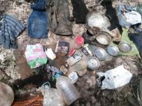 SİVİL KIYAFET - Bingöl'de Teröristlerin Sığınağı İmha Edildi