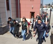 ÇAMKÖY - Düzce Polisinden Uyuşturucu Tacirlerine Baskın