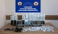 TAHKİKAT - Hakkari'de 62 Adet Cep Telefonu Ele Geçirildi