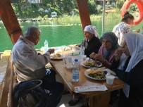SOSYAL HİZMET - Köyceğiz'de Şehit Yakınları Ve Gaziler İçin Tekne Turu