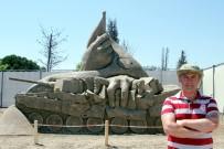 ATATÜRK BÜSTÜ - Milletin Darbeye Karşı İradesini Kumdan Heykelle Anlattılar