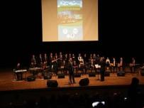 EĞİTİM FAKÜLTESİ - Muş Valiliği Korosu Müzik Severleri Büyüledi