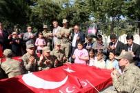 PIYADE - Öğrenciler, Okullarının İsmini Taşıyan Şehitlerin Kabrini Ziyaret Etti