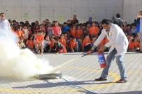 AHMET YESEVI - Öğrencilere Yangınların Çıkış Nedeni Ve Müdahale Teknikleri Anlatıldı