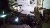 BÜYÜKBELEN - Saruhanlı'da Kamyonet İle Motosiklet Çarpıştı Açıklaması 1 Yaralı