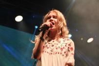 HÜSAMETTIN ÇETINKAYA - Aleyna Tilki İlk Halk Konserini Verdi