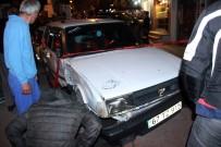 Alkollü Sürücü Önce Araçlara Sonra Yayalara Çarptı