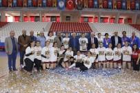UTKU ÇAKIRÖZER - Anadolu Üniversitesi Kupasına Kavuştu