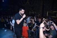 BULGAR - Azis İzmir'de Sahne Aldı