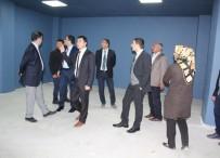 SİNEMA SALONU - Başkan Vekili Uzan, Adem İle Gençlik Merkezi'nde İncelemelerde Bulundu