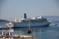 ALıŞVERIŞ - Bodrum'a Sezonun İlk Gemisi Geldi Bin 200 Yolcuyla Geldi