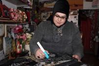 Dünyanın Tek Kadın Granit Sanatçısı Mesleğini Yaşatmaya Çalışıyor