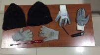 KAR MASKESİ - İşyerinde Çelik Kasayı Patlatan Hırsızlar Yakalandı