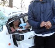 KURTARMA EKİBİ - Kadın Sürücü İçin Seferber Oldular