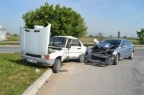112 ACİL SERVİS - Manisa'da Trafik Kazası Açıklaması 1 Yaralı