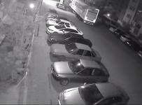 PARMAK İZİ - Mahalleye Dadanan Hırsızlar Çevre Sakinlerini Ve Esnafı Canından Bezdirdi