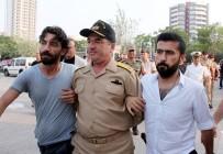 TÜRKİYE CUMHURİYETİ - Sahil Güvenlik Botu Ve Polislerin Vurulmasını Emretmiş