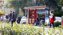 AKTÜEL - Sokak Kütüphaneleri Yenilendi
