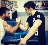Türkiye İkincisi Hisarcık'lı Yunus Demirtaş, Avrupa Bilek Güreşi Şampiyonasına Hazır