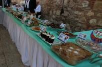 MESİR MACUNU FESTİVALİ - Yemekleriyle Kıyasıya Yarıştılar