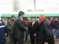 AK Parti Ardahan İl Teşkilatı Üyeleri Köyleri Gezip 'Evet' İçin Destek İstedi