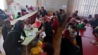 YAŞLILAR HAFTASI - Anaokulu Öğrencileri Okulda Büyüklerini Ağırladı