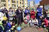 Başkan Erkoç, Özel Çocuklarla Çiçek Dikti