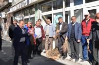 ALI KAYA - Büyükşehir Darende'de Fidan Dağıttı
