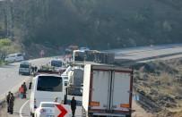 KANDILLI - Devrilen Tır Zonguldak-İstanbul Yolunu Trafiğe Kapattı