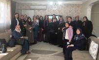 KADıN HAKLARı  - İzmit'te Kadınlara Hakları Anlatılıyor