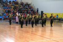 HÜSEYİN ÜZÜLMEZ - Kartepe'deki Modern Spor Salonunun Tanıtım Programı Yapıldı