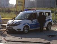 EL YAPIMI BOMBA - Mersin'de polis aracına saldırı