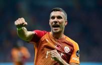 LUKAS PODOLSKI - Podolski Attıkça Galatasaray Kazanıyor