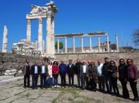 KUTLAY - Söke Belediyesinden Bergama'ya Teknik Gezi