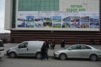 HAYVAN PAZARI - Tatvan Belediyesi Projelerini Halkla Paylaştı