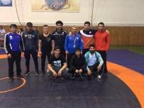 KALENDER - Büyükşehir Güreş Takımı Yarı Finalde