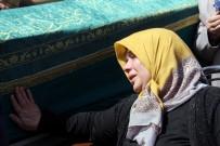 CAMİ İNŞAATI - Cami Göçüğünde Hem Eşini Hem Babasını Kaybetti