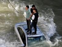 ADEM YıLMAZ - Gümüşhane'de otomobil Harşit Çayı'na düştü