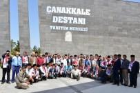 HATIRA FOTOĞRAFI - Mersinli Muhtarların Çanakkale Gezisi Sona Erdi