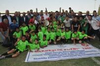 ŞAMPIYON - Suriyelilerin Kardeşlik Futbol Ligi'nde 'Hedef Akademi' Şampiyon