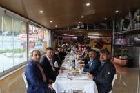 BILECIK MERKEZ - AK Parti Bilecik Merkez İlçe Başkanlığından Vezirhan'da Referandum Çalışması