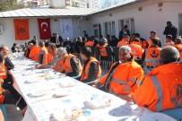 YÜKSEL COŞKUNYÜREK - Bakan Yardımcısı Coşkunyürek Karayolları İşçileriyle Bir Araya Geldi