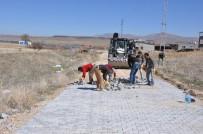 SINDELHÖYÜK - Çukuryurt Ve Gömedi Mahallelerinde Parke Çalışmaları