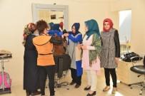 İŞÇİ SAĞLIĞI - Kadınlar, Kuaförlüğü Uygulamalı Öğreniyor