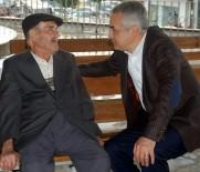 MUSTAFA SAVAŞ - Mustafa Savaş, 40 Yıl Sonra İlkokul Öğretmeniyle Hasret Giderdi